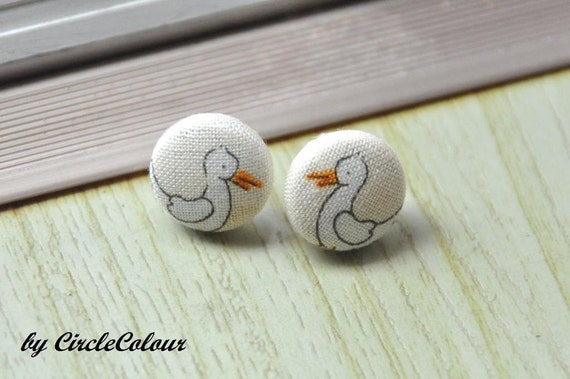 Pelican Earrings - Baby Pelican Fabric Covered Button Earrings