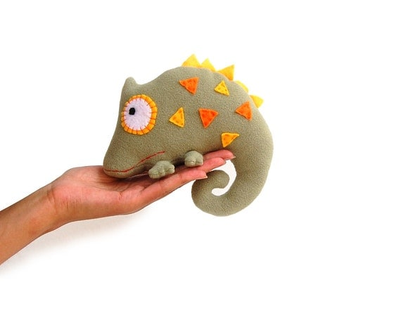 Stuffed animal chameleon soft toy kids khaki green woodland creatures