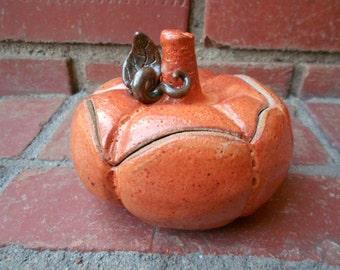 Fall Harvest Thanksgiving Orange Lidded Pumpkin Pot