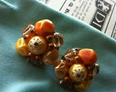 Vintage Gold Tone Japan Signed Autumn Amber Colors Glass Beaded Cluster Clip on Earrings