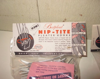 """TWO Bags of Vintage """"Nip-Tite"""" Pleater Hooks by Bestpleat - Conso - Advertising"""