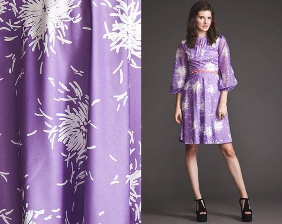 Vintage 70s Light purple Sheer angel sleeve Dress//Tie Neck//XS S M//Print//poet arms