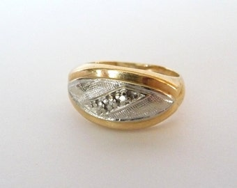 14k Wedding Band Ring in White & Yellow Gold 3 Diamonds Size 6 Includes Vintage Heart Ring Box