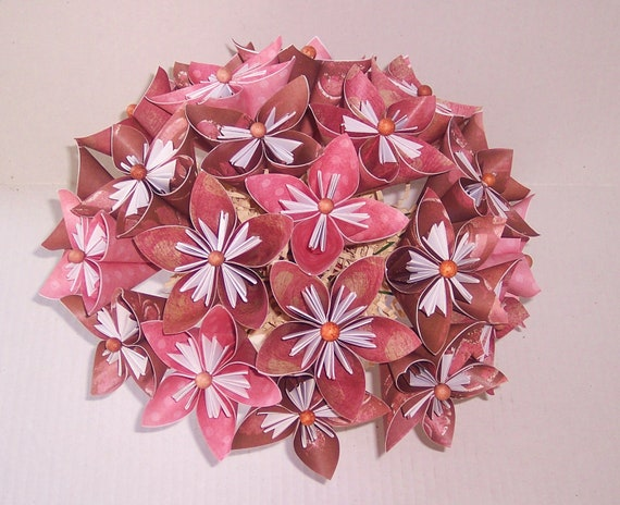 Overflowing Paper Flowers. Great gift. Paper flower floral arrangement