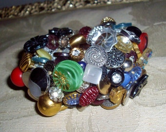 Vintage Button Bracelet Multicolored Glass Metal Pearl Rhinestone Vintage Buttons Free US Shipping