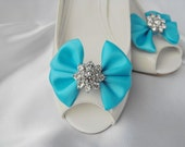 Handmade bow shoe clips with rhinestone center bridal shoe clips wedding accessories in turquoise