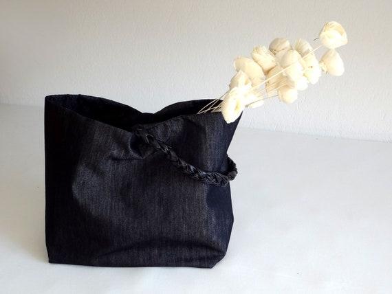 Black organizer or shopping bag - gift