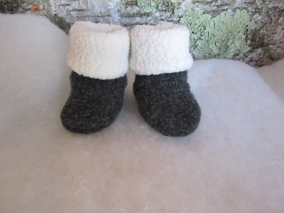 Infant's Charcoal gray lambswool sock booties lined in Polartec fleece size 6-9 mos. Ready to ship
