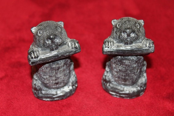 Beavers inuit soapstone carving sculpture wolf original set of