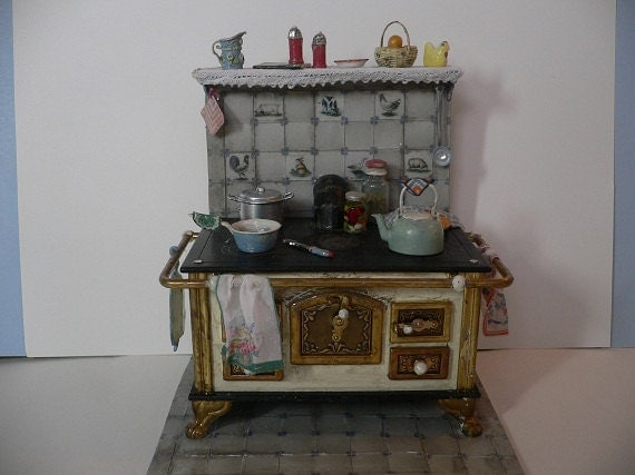 One Inch Scale Shabby Chic Filled Stove with Tile
