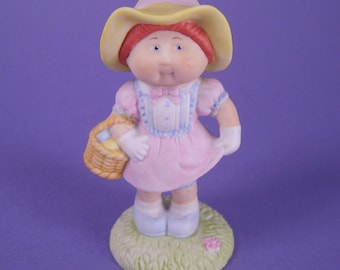 Cabbage Patch, In Your Easter Bonnet, Ceramic,  Figurine, Collectible, Xavier Roberts, Vintage, Miniature