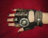 "WOMENS ""Zombie""- Moonhoar Monster Glove Steampunk - Moonhoar"