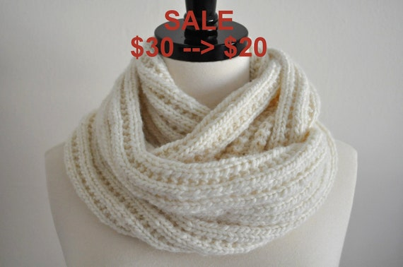 SALE - Knitted Ivory Infinity Cowl Scarf