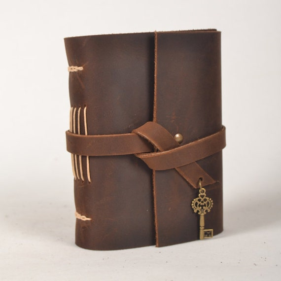 Leather journal handmade,blank notebook,vintage diary,unique travel diary,brown,with vintage key,rustic,unique gift