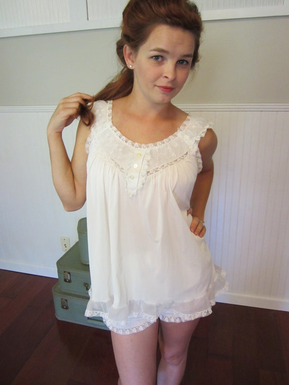 50 S Vintage Nightgown Lingerie 1950 S White Babydoll