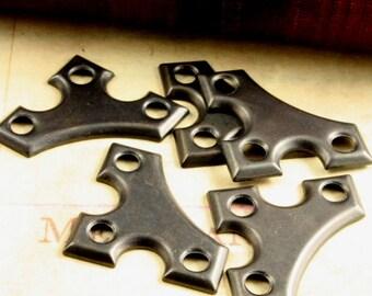 10 Pcs Corner 3-Hole Embellishment - Vintaj Arte Metal Exclusive