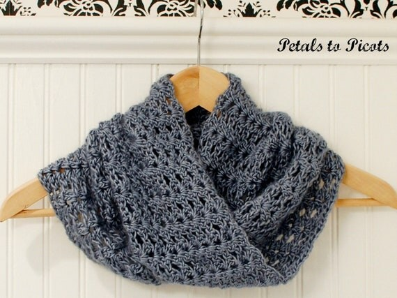 Crochet Pattern - Mobius Infinity Cowl / Scarf (includes instructions to customize fit) - Immediate PDF Download