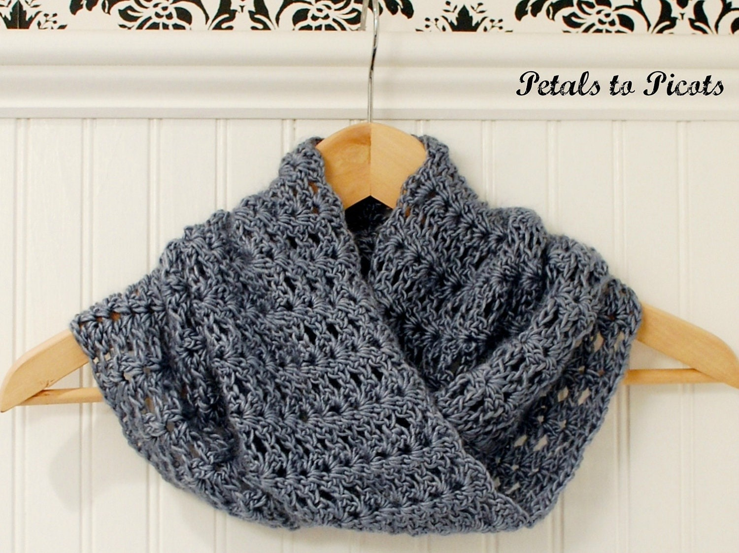 Free Crochet Scarf Patterns To Download : Crochet Pattern Mobius Infinity Cowl / Scarf includes
