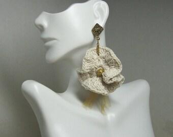 Natural Beige Ocean Wave Crochet earrings