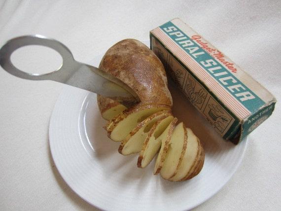 Vintage Gadget Master Spirla slicer for vegetables and fruit