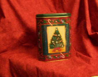 Christmas tin made in UK Vintage 80s Collectible tin, Vintage tin, collectible Christmas, CIJ