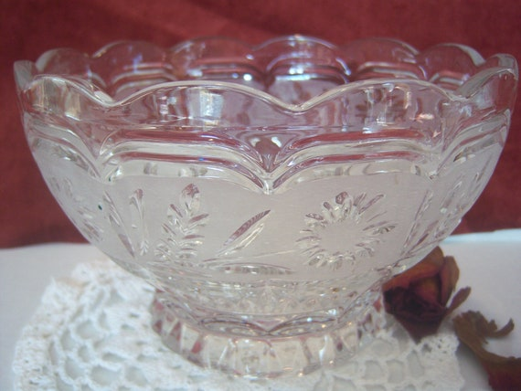 Oneida Crystal Bowl, Cut Glass Bowl,  Frosted Glass Bowl