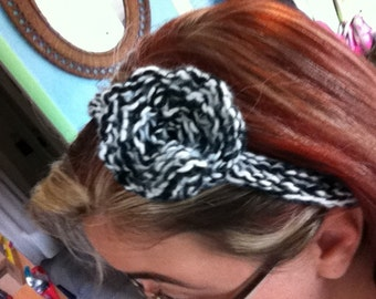 Black & White knitted headband with flower