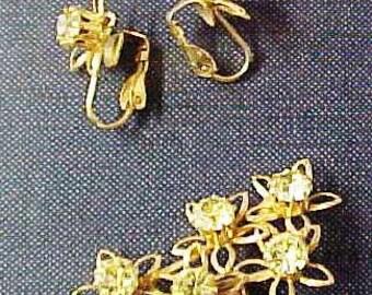 Incredible Vintage Yellow Rhinestone Matching Pin & Earrings Set