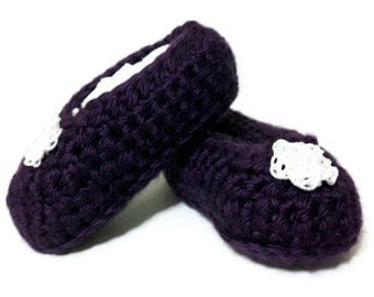 Crochet baby slippers, baby booties, crochet slippers, mothers day,