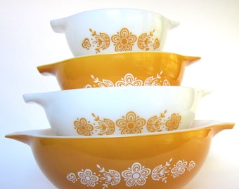 Vintage 1970s Pyrex Butterfly Gold Mixing Bowl Set, 444, 443, 442, 441 Harvest Gold & White