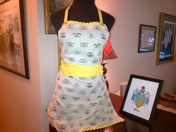 John Deere Fabric, John Deere Apron Gift Set with Oven Mitt
