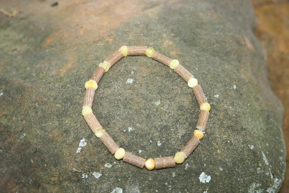 Beautiful Hazelwood and Raw Rounded White Colored Baltic Amber Bracelet 9""