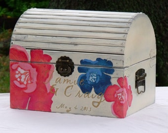 Memory Box - Shabby Chic Trunk with Large Blossoms, LT