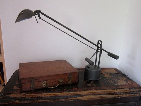 Tensor Lamp