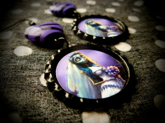 The Beautiful Corpse earrings