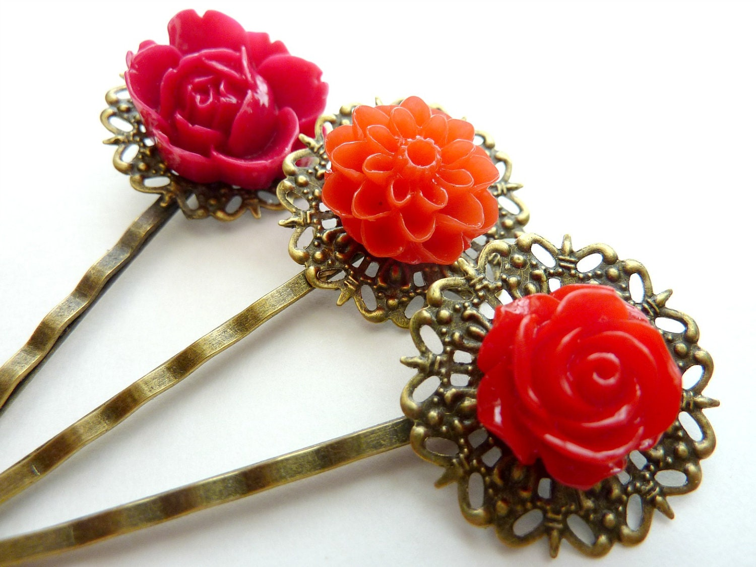 Vintage flower hair clips
