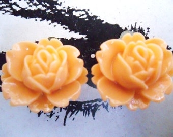 CLIP ON earrings Tangerine Orange Vintage Resin Lotus Rose Earrings FLOWER clip-ons non-pierced