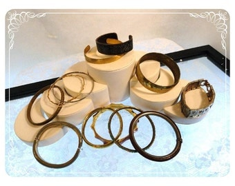Lot of Vintage Bangles - Multi Colored Bracelets      Brac-1280b-082012000