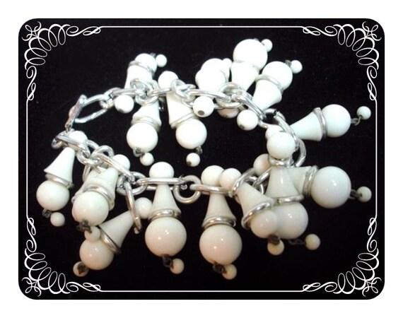 Funky White Beaded Charm Bracelet - Silvertone   1199d-042412000