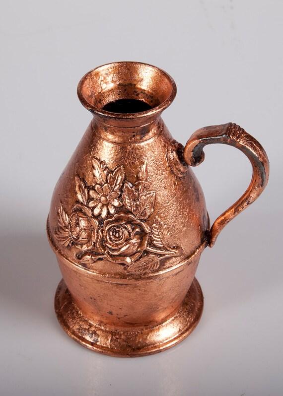 Metal Vase / Art Deco / Copper