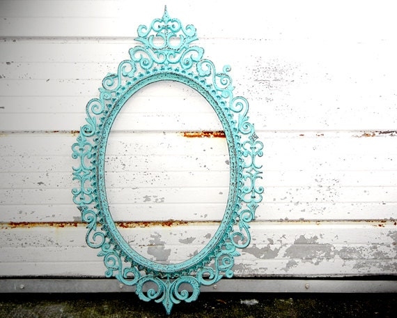 large ornate oval picture frame shabby chic turquoise distressed gallery mantle wall wedding decor
