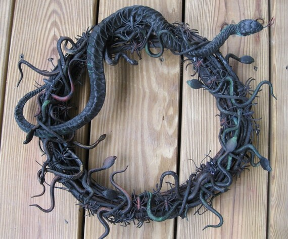 Halloween Wreath-Snake Wreath-Spider Wreath-Halloween Decorations-Spiders-Snakes-OOAK Halloween Wreath