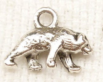Antique Silver 3D Grizzly Brown Bear Charms (6) - S79