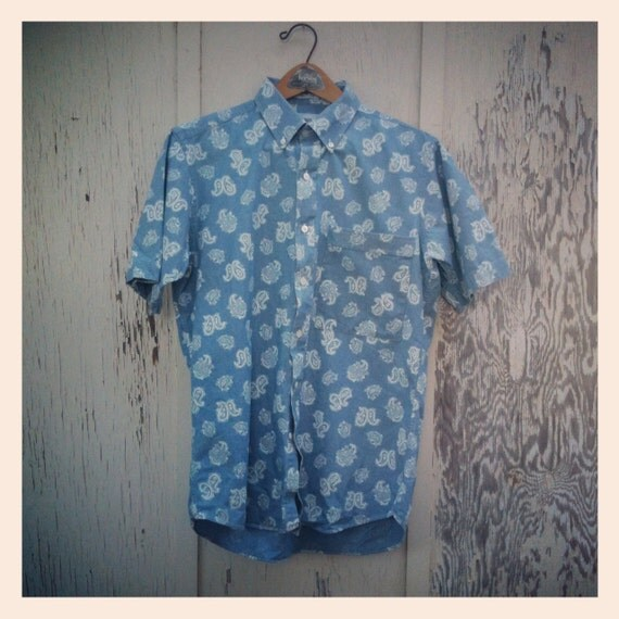 Vtg 90s Saks Fifth Ave Lt Blue and White Paisley Button Up Men's Cotton Shirt Med