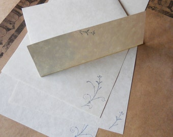 Parchment paper stationery set. Writing paper hand stamped with romantic blue flowers, set of 30.