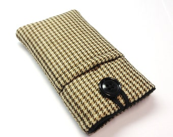 iPhone 5 pouch, Samsung Galaxy S2, S3, Huawei Ascend P1 sleeve, iPod touch 5, iPhone 6, 6 plus  cover in brown and black tweed