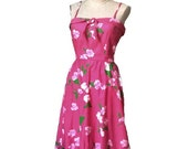 vintage PIN UP  dress HAWAI   print   pink cotton flowers size 8  small