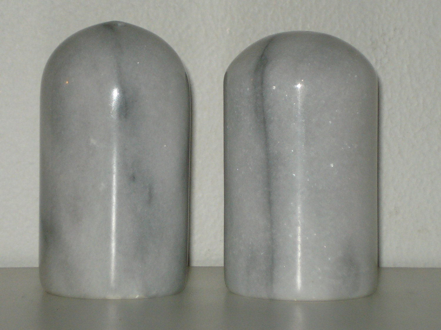 Marble Salt And Pepper Shakers Grey Stone Pillar Kitchenware