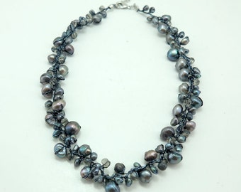 Black freshwater pearl,crystal necklace.