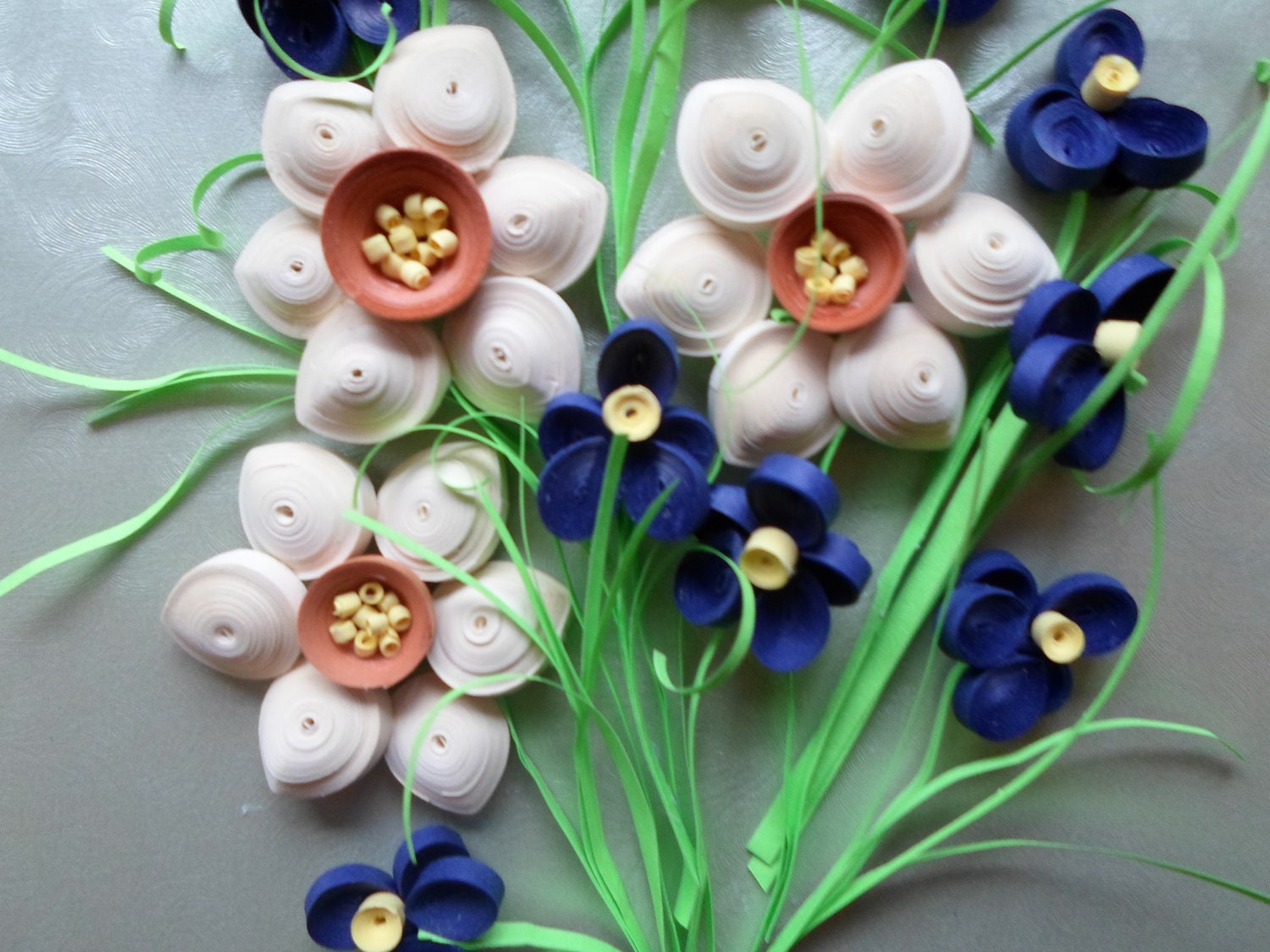 Quilled flowers wall hanging shadow box wall decor paper for Decoration quilling